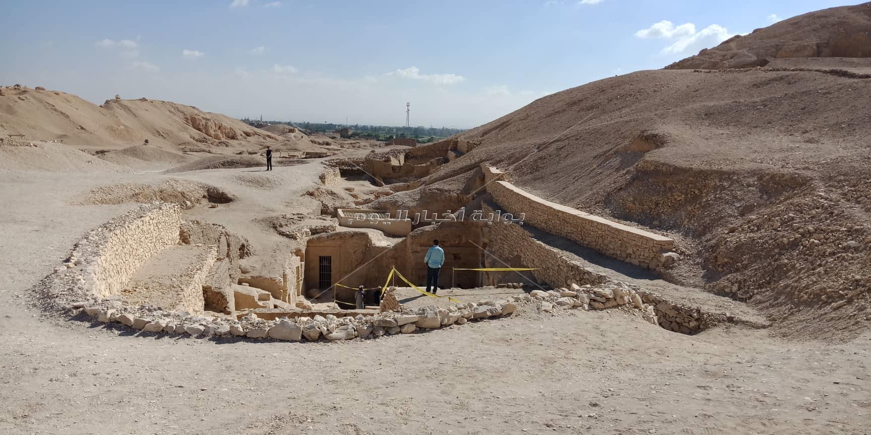 الصور الأولى للكشف الأثري الجديد بالبر الغربي في الأقصر