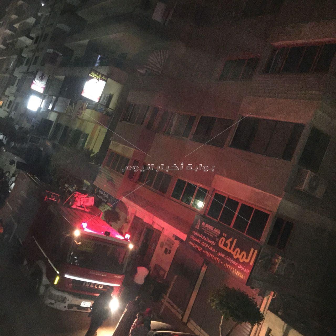 حريق بمخزن قماش بمنطقة جسر السويس