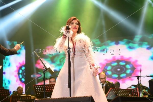 أصالة تتألق بحفل افتتاح مهرجان الإسكندرية للأغنية