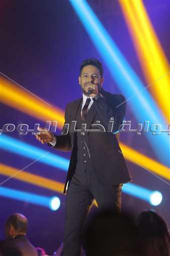 محمد حماقي يتألق في حفل «كامل العدد»