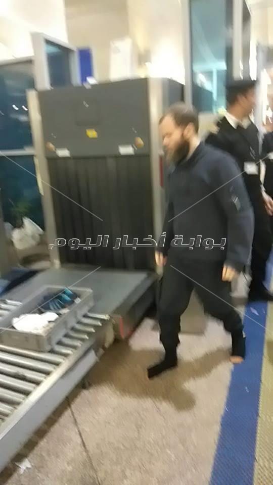 العنوان مصر ترحل ألمانيا داعشيا من مطار القاهرة