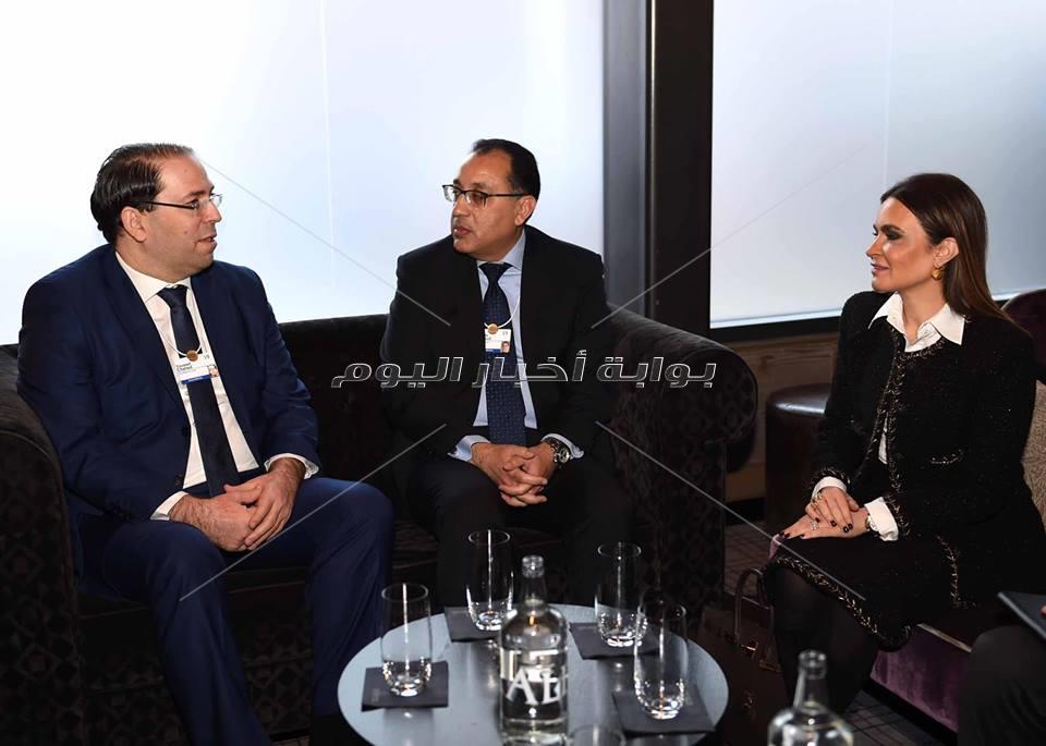 «مدبولي» يلتقى نظيره التونسى بمدافوس لبحث مجالات التعاون المشترك
