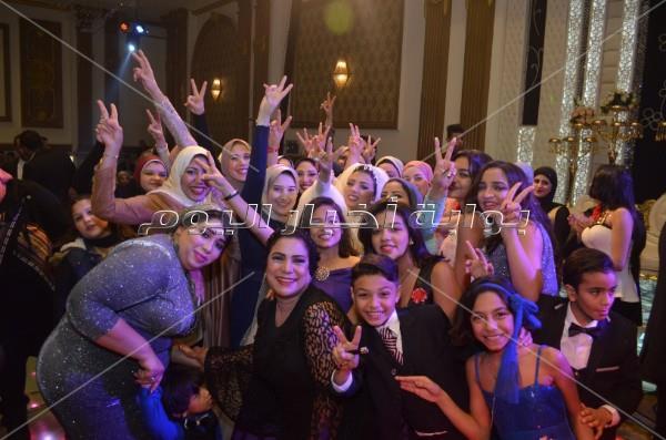 نجوم الأغنية الشعبية يحتفلون بزفاف «محمد وهدير»