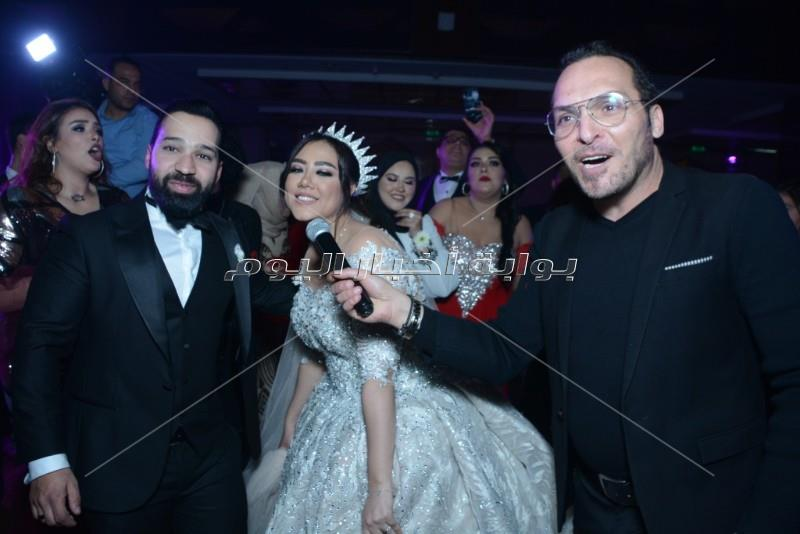 كوكبة فنية في زفاف «أحمد وألحان».. وهاني شاكر وأوكسانا نجوم الحفل
