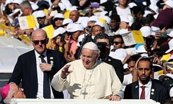 أبرز 6 مشاهد في قداس البابا فرنسيس