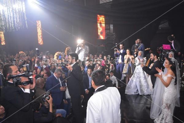 على أنغام «يا ستار».. حماقي يُشعل زفاف نجل المخرج طارق العتر