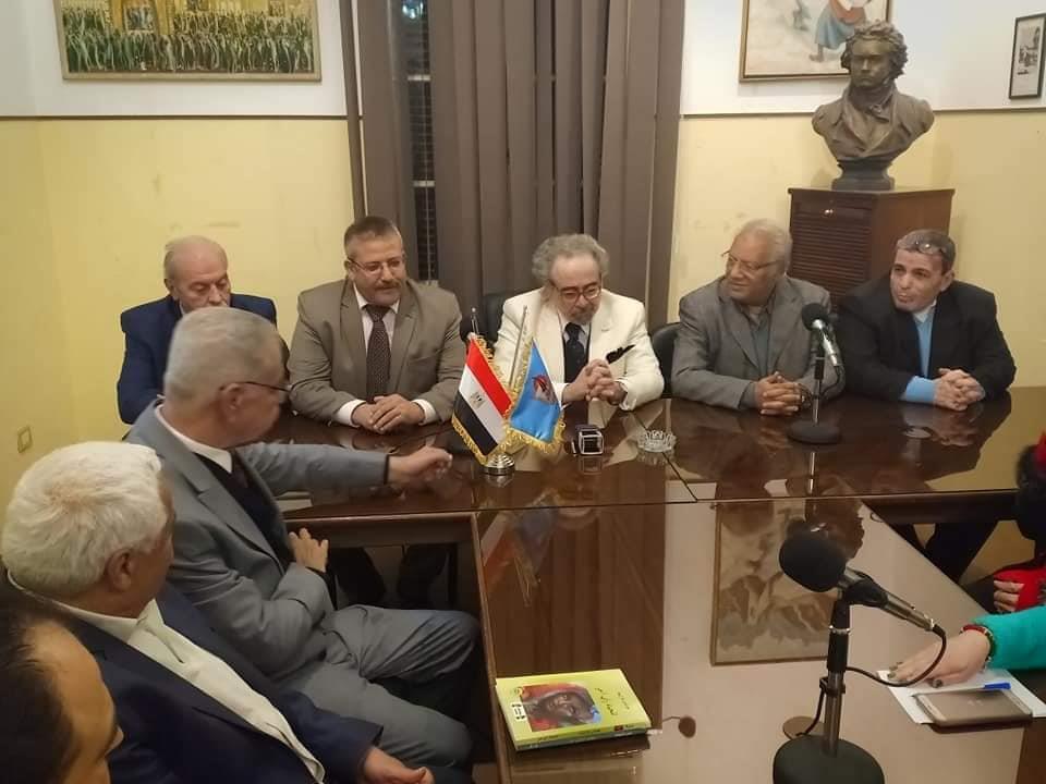 رئيس كتاب مصر يوقع برتوكول ثقافى مع كتاب فلسطين