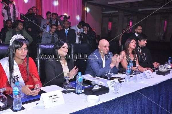 تتويج دعاء عبد الرحيم بلقب ملكة جمال الأناقة 2019