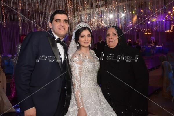 عمرودياب يُشعل زفاف «إسلام ورحمة»
