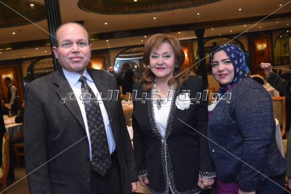 «ليونز» تُكرم شهيرة ونجوى فؤاد وليلى طاهر بمناسبة «عيد الأم»