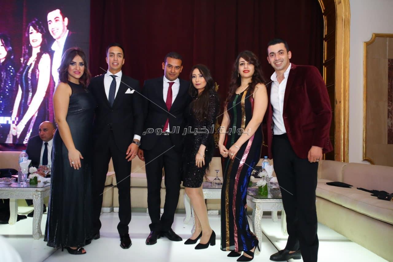 بوسي تشعل زفاف «باسم وماهيتاب» بأغانيها المميزة