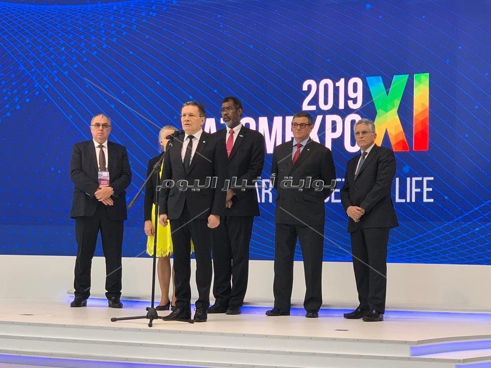 """رئيس روساتوم العالمية يزرع """"نخلة"""" ويؤكد: ستبقى كما الحال بمشروعاتنا النووية"""