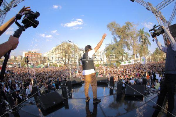 رامي صبري يُشعل حفل جامعة عين شمس
