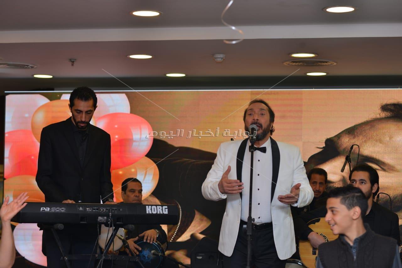 نجوم الفن يشاركون علي الحجار الاحتفال بعيد ميلاده الـ65