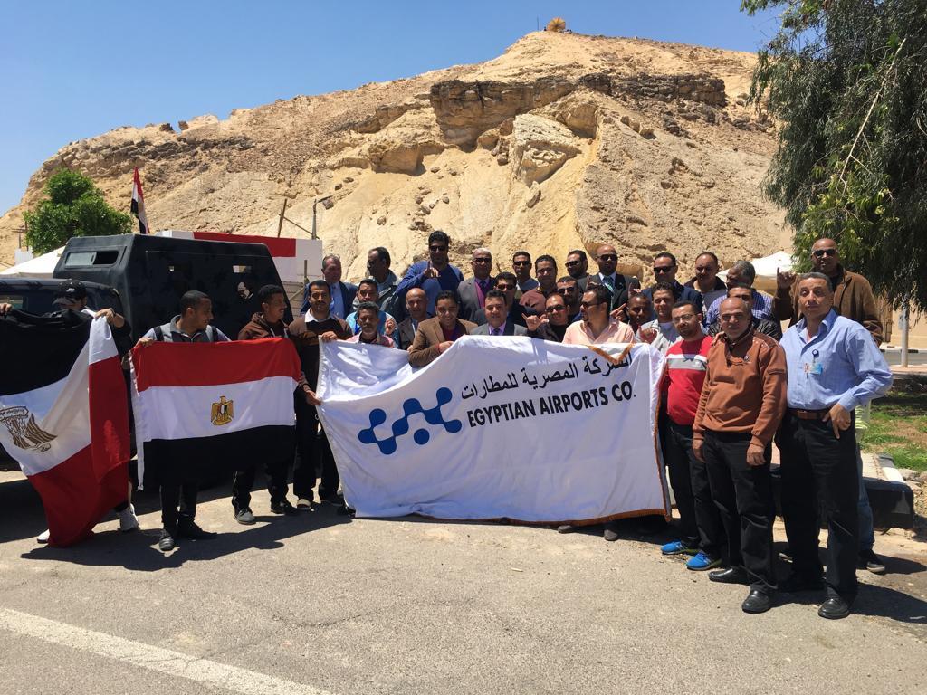 العاملين بمطار برج العرب يشاركون في الإستفتاء على التعديلات الدستورية