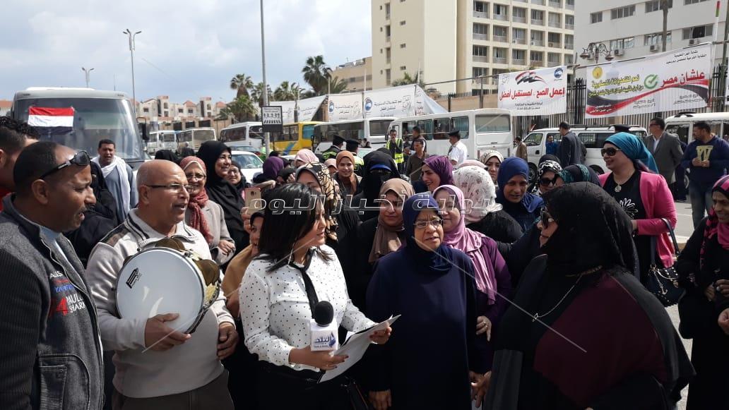 اليوم الثاني على اللجان الانتخابية للإستفتاء على الدستور ببورسعي