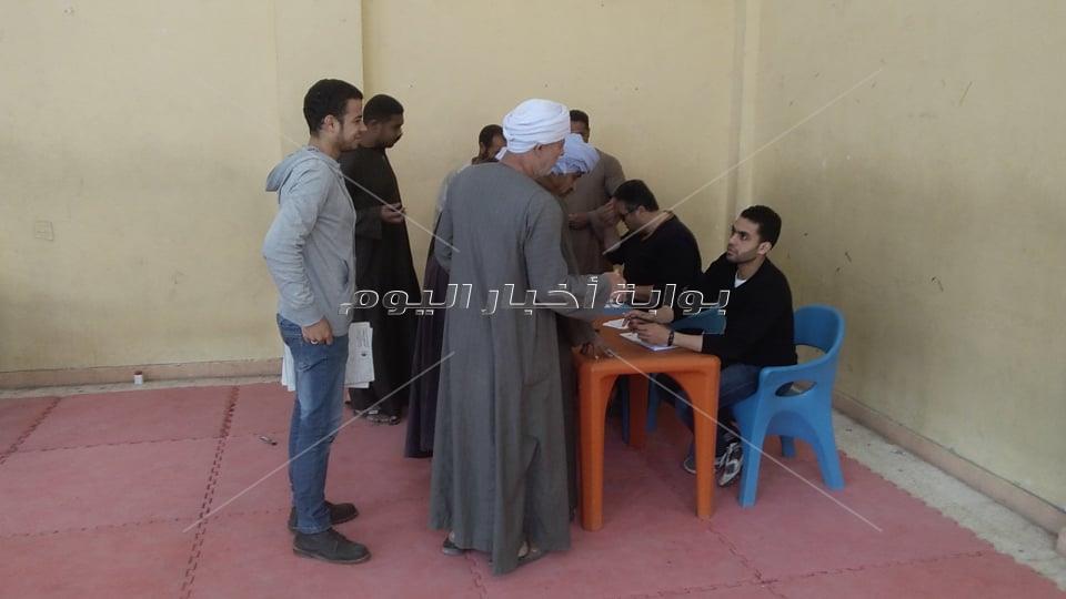 إقبال ملحوظ على لجان الوافدين في ثاني أيام الإستفتاء بالإسكندرية