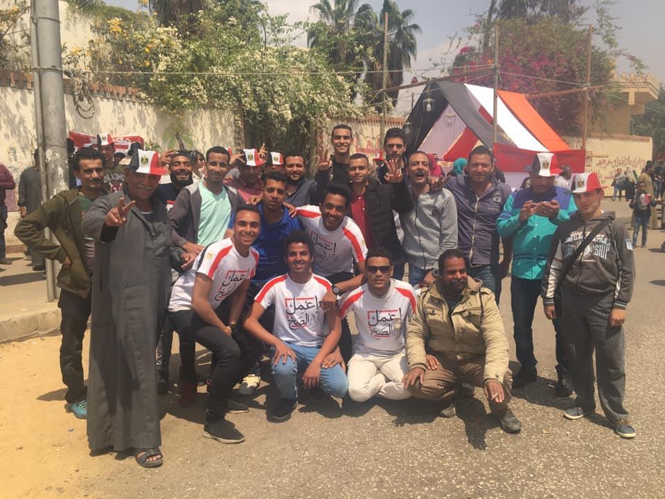 """حضور """"مميز"""" للشباب في ثالث أيام الاستفتاء بمصر الجديدة"""
