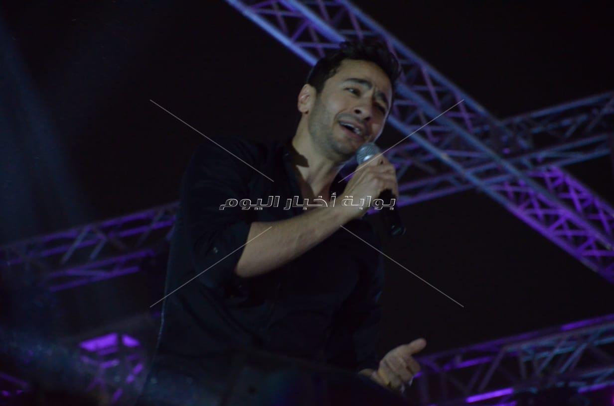 حمادة هلال يشعل حفل شم النسيم في نادي الشمس