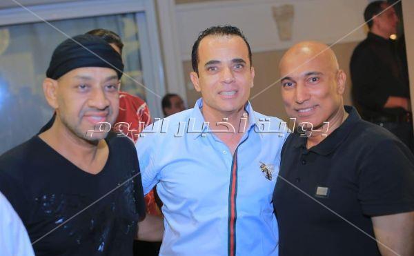 فنانون ورياضيون وإعلاميون في حفل إفطار المنتج أحمد أيوب