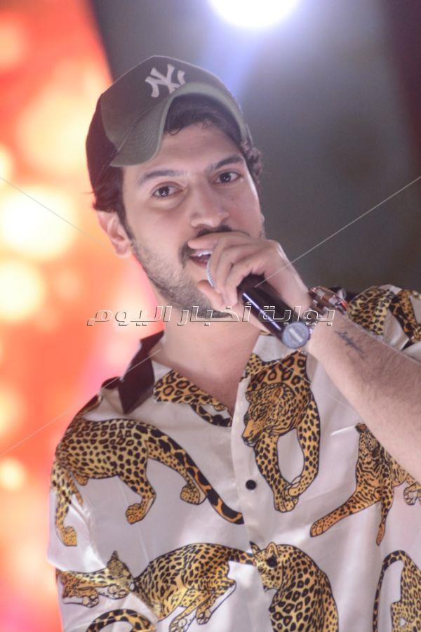 إبراهيم السلطان يُحيي حفل العيد بمصر