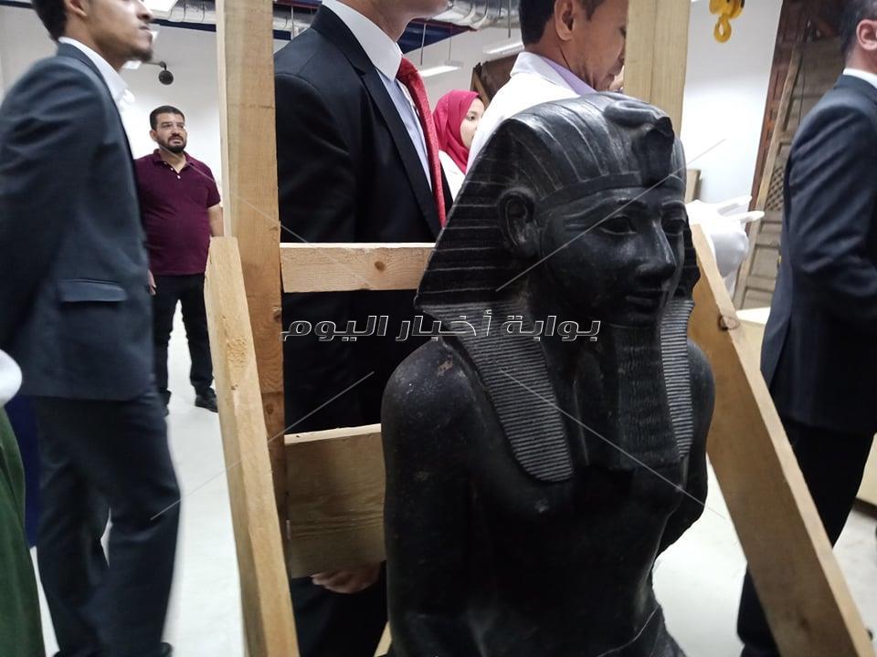 تمثال تحتمس الثالث
