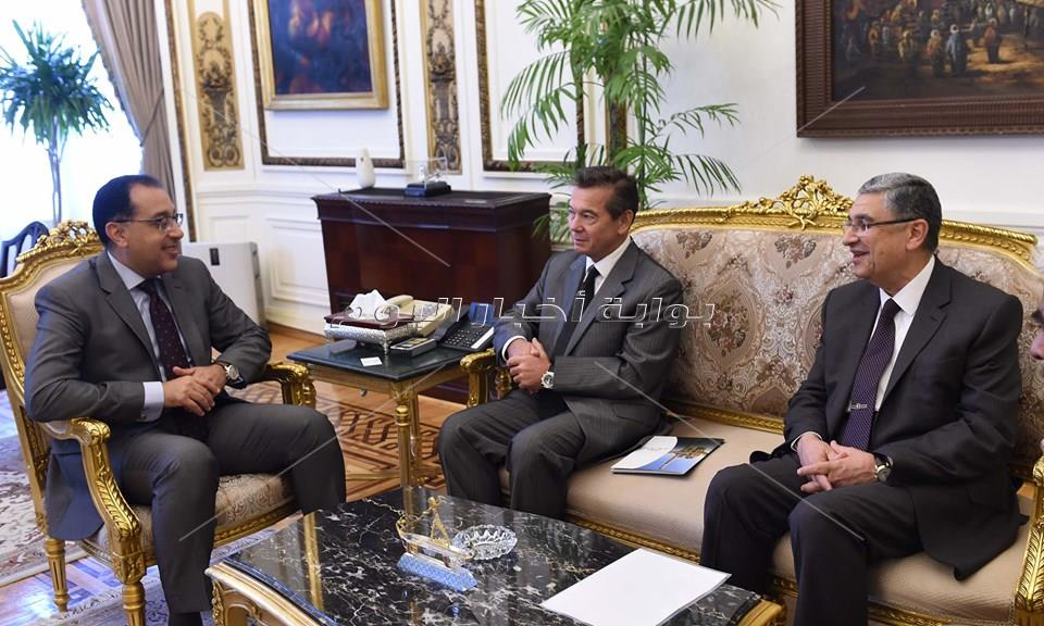 رئبيس الوزراء يلتقى الرئيس والمدير التنفيذى لشركة ايدارا باور