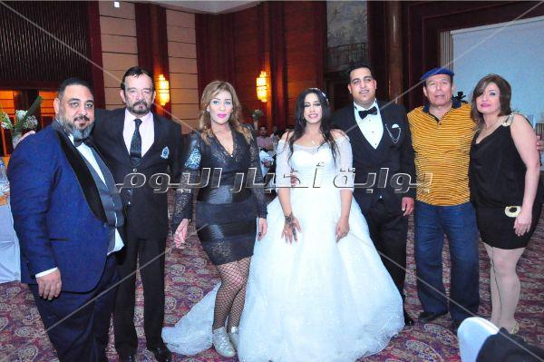 مصطفى حجاج ومتقال وهدى في زفاف «محمود وصابرين»