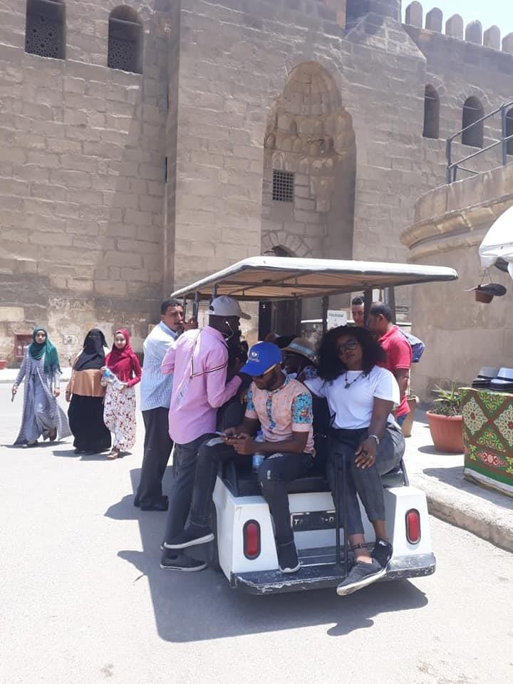وفد من قيادات اتحاد الشباب الافريقي يزور ون قلعة صلاح الدين الايوبي
