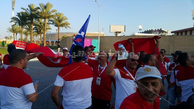 """مشجعى تونس: التنظيم """"باهي"""" وطلاب أنجولا سعداء بالتشجيع"""