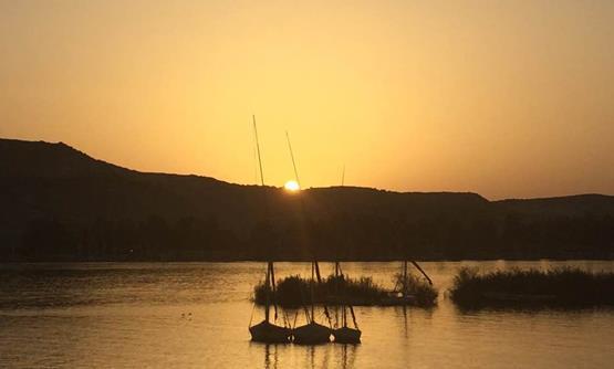 غروب شمس في القاهرة الساحرة