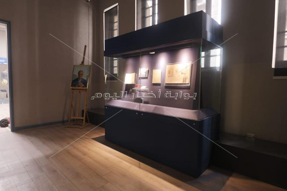جولة بمتحف نجيب محفوظ
