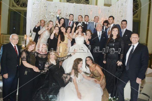 مهنى وساندرا يحيان زفاف «محمد وهانيا» بحضور هشام يكن