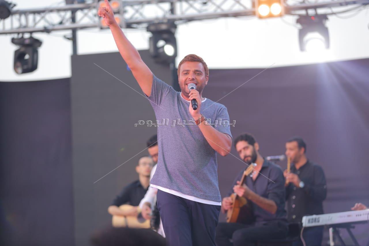 رامي صبري يُشعل أولى حفلاته بـ«الساحل» لصيف 2019