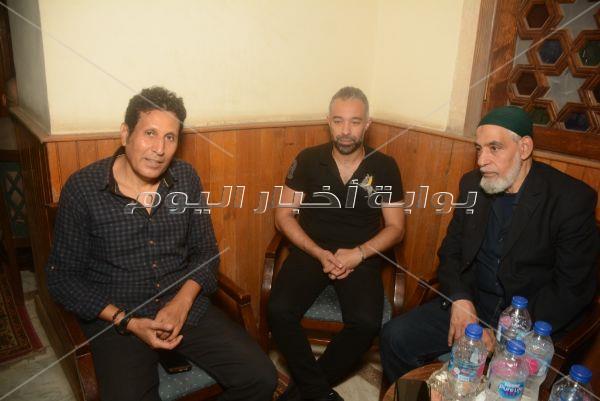 حلمي عبد الباقي ونادية مصطفى في عزاء عليا محمد فؤاد