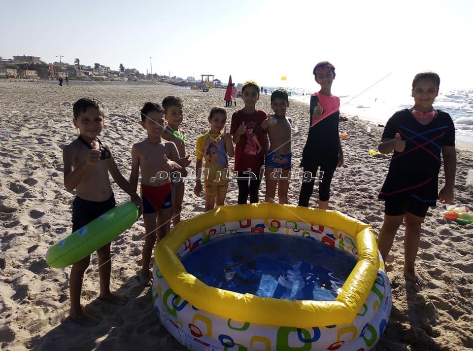 العاب حرب الألوان والصاروخ المائي  علي شاطئ البحر بالعريش