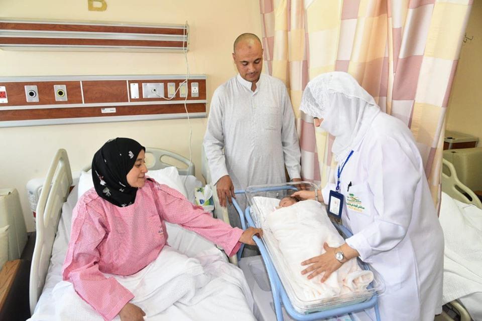 """""""مكة"""" مولودة مصرية وضعتها أمها في مستشفى سعودي خلال الحج"""
