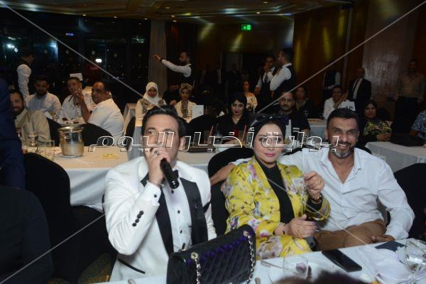 الليثي ودينا وكاريكا والصغير في حفل «كامل العدد» بالقاهرة