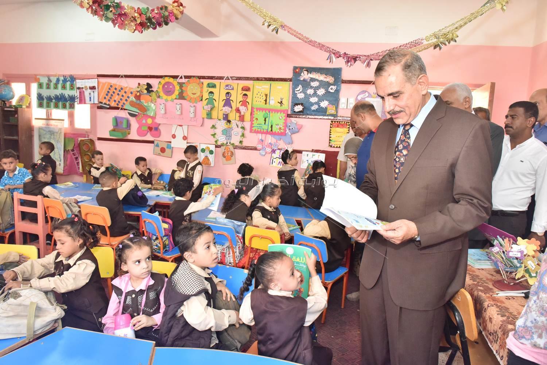 مدارس الواسطى الابتدائية والانتصار الرسمية والجلاء المشتركة للاطمئنان على انتظام الدراسة