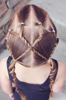 أشكال تسريحات شعر للبنات في المدرسة