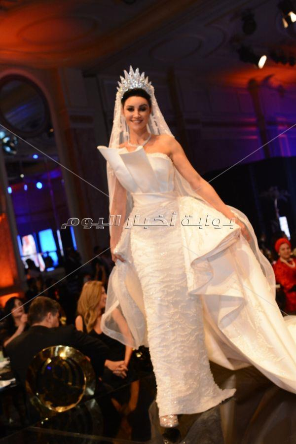 النجوم يتألقن في حفل راغب علامة بالقاهرة