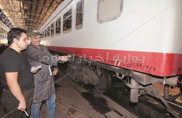 داخل أقدم ورشة للقطارات في أفريقيا.. هنا القديم يصبح جديداً