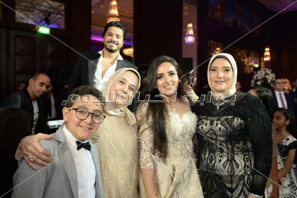 مصطفى حجاج وانستازيا يحتفلان بزفاف «حسام ونسمة»