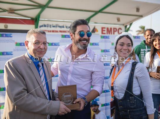 مروة نصر تحتفل بطلاب الأكاديمية الدولية للهندسة وعلوم الإعلام