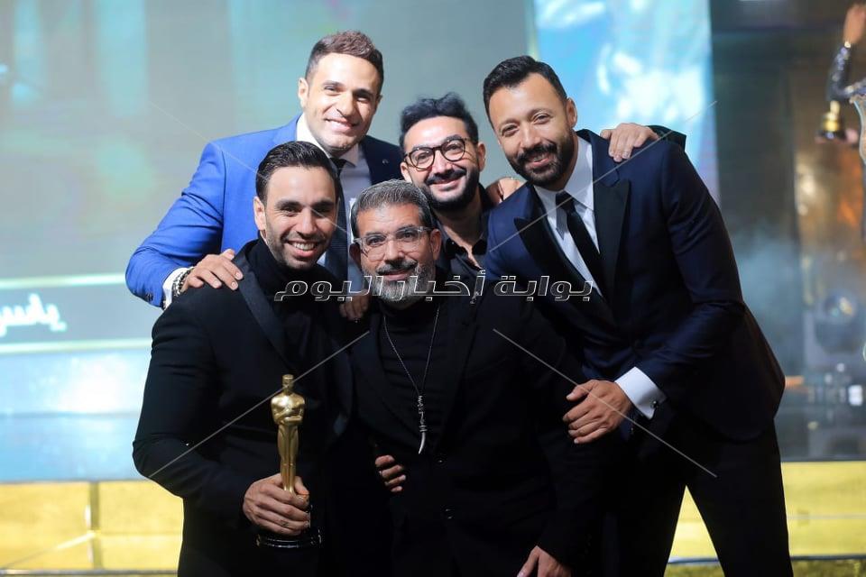 السقا ودنيا سمير غانم وطارق لطفي نجوم العرب 2019