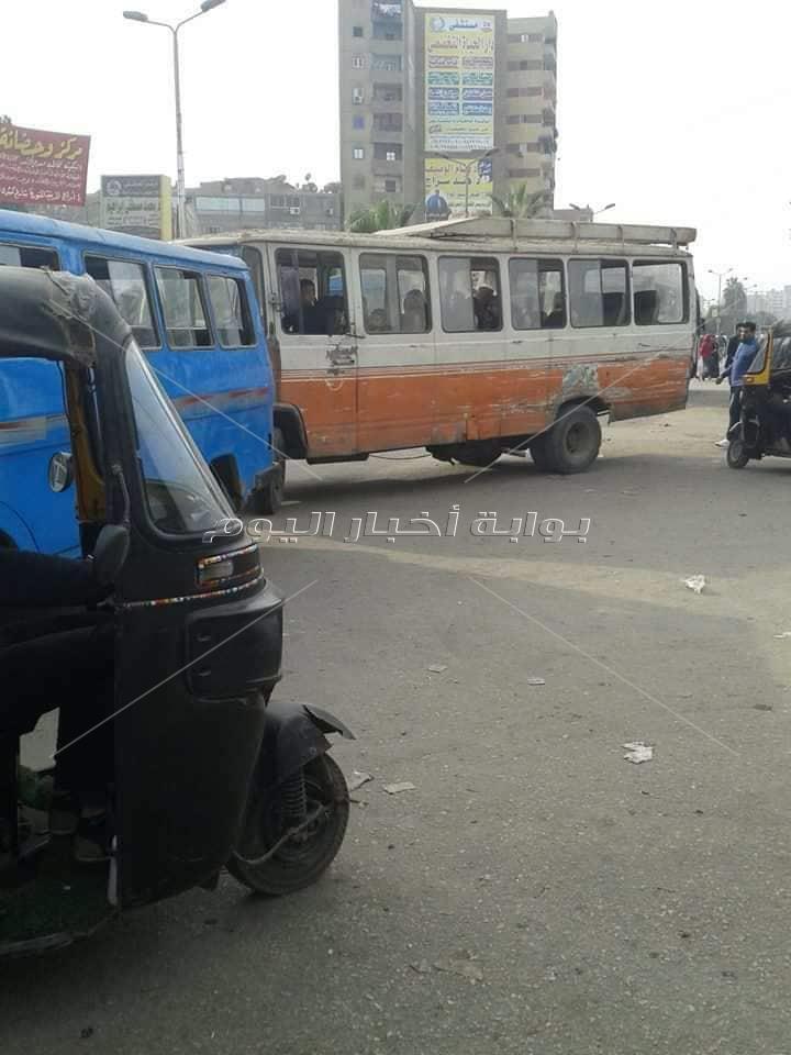 سيارات بدون نمر وعربات متهالكة تجوب شوارع شبرا الخيمة