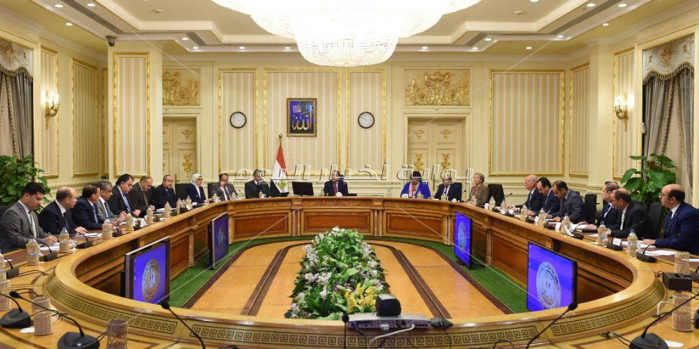 رئيس الوزراء يترأس الاجتماع الأول للجنة الوزارية للسياحة والآثار _تصوير: أشرف شحاتة