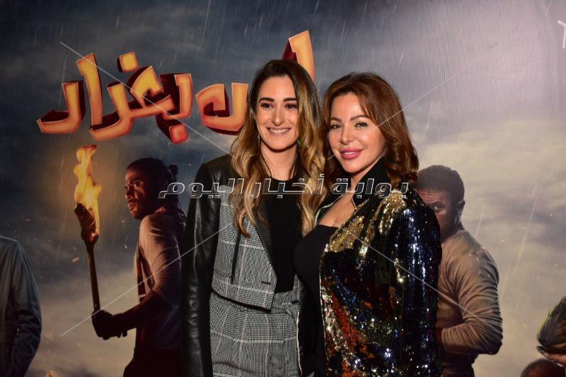 نجوم الفن يحتفلون بعرض «لص بغداد» بحضور أبطاله