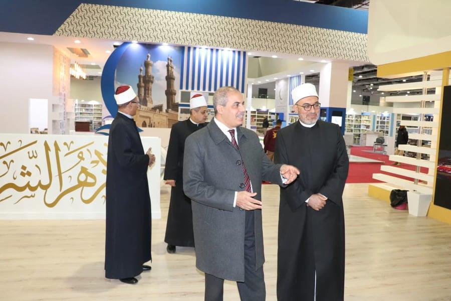 المحرصاوي خلال افتتاح معرض الكتاب بصحبة رئيس الوزراء