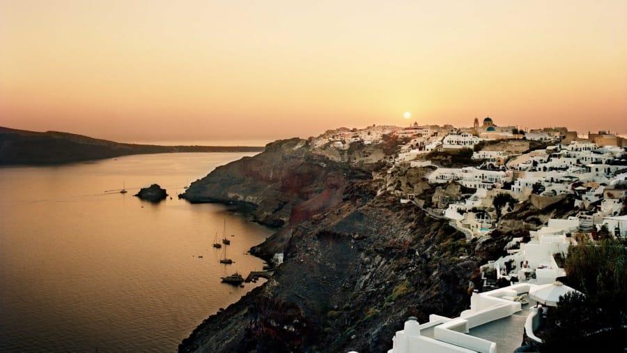 لقضاء شهر عسل ساحر... أشهر الجزر الرومانسية حول العالم